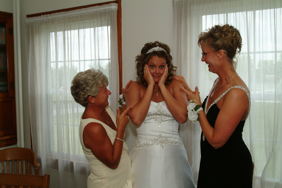 Picture of Bride with Mothers